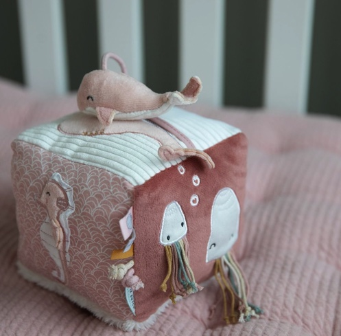 cube d'activités soft rose little dutch