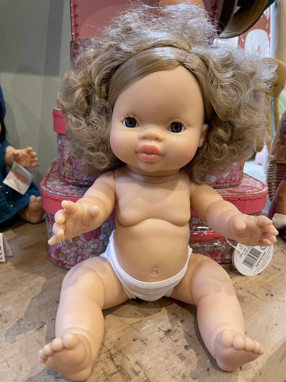 poupée Anaïs minikane