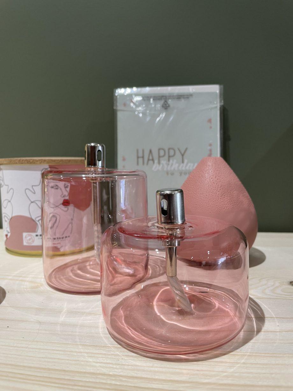 lampe à huile rose